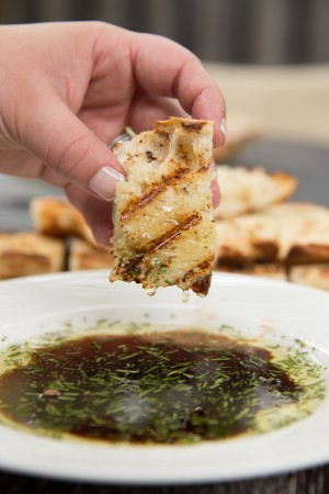 Grilled-Bread-with-Rosemary-Dipping-Oil