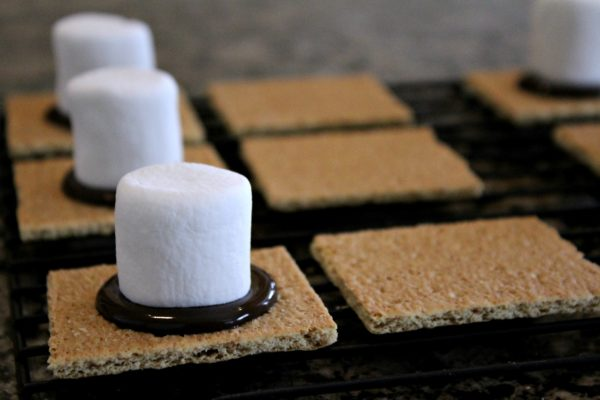 Tie Fighter S'mores
