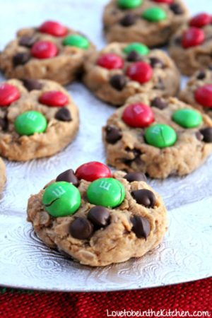 30 Simple And Delicious Christmas Cookies Love To Be In The Kitchen