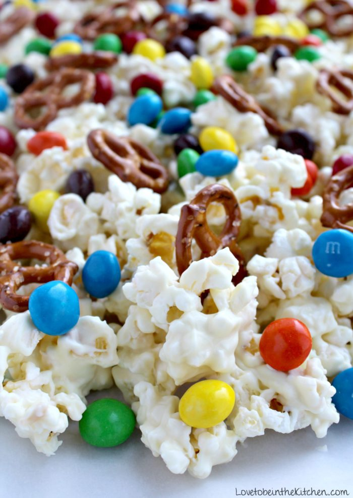 Sweet And Salty White Chocolate Popcorn Love To Be In