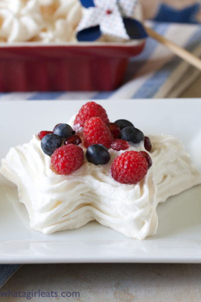 Star Meringues With Fresh Berries